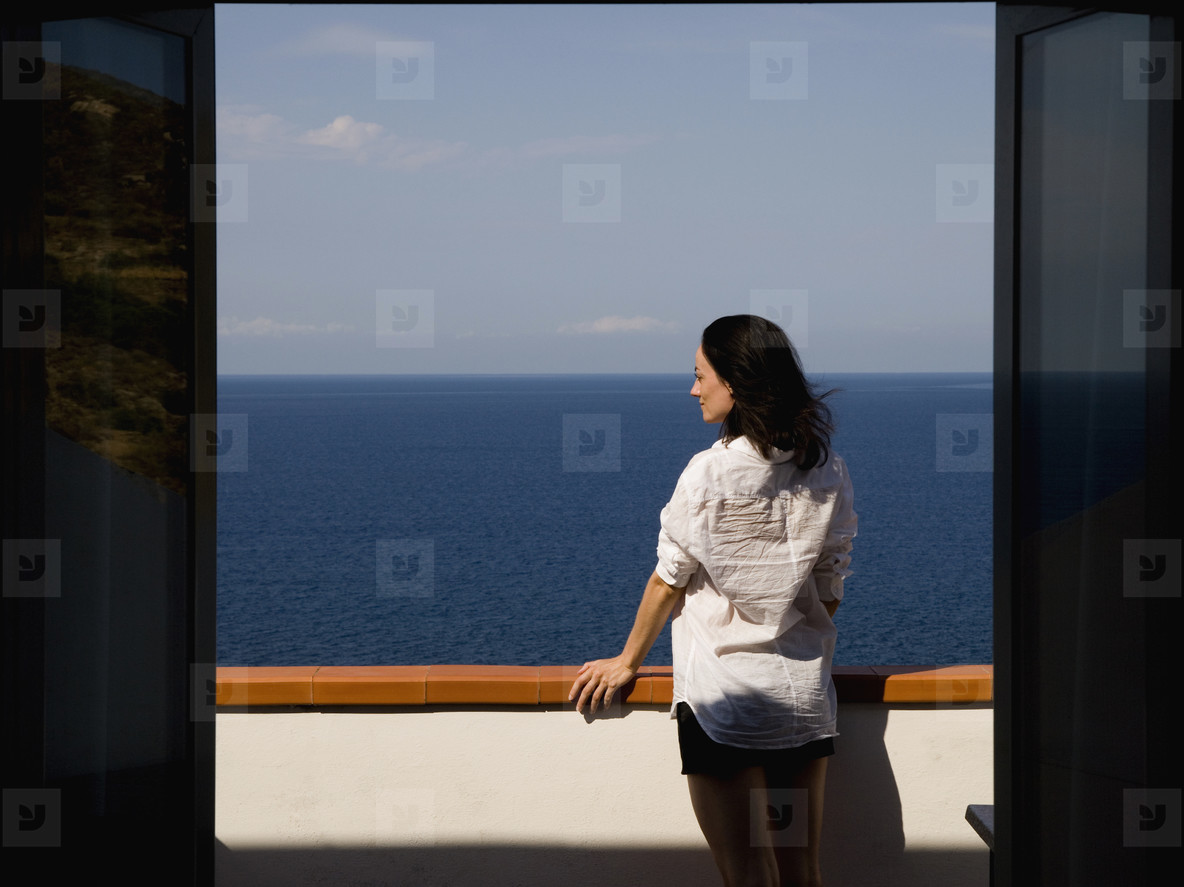She Looked Out Over the Ocean  01