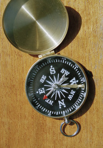 Compass 18