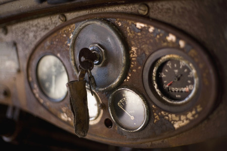 Rusted Cars and Diamonds 15