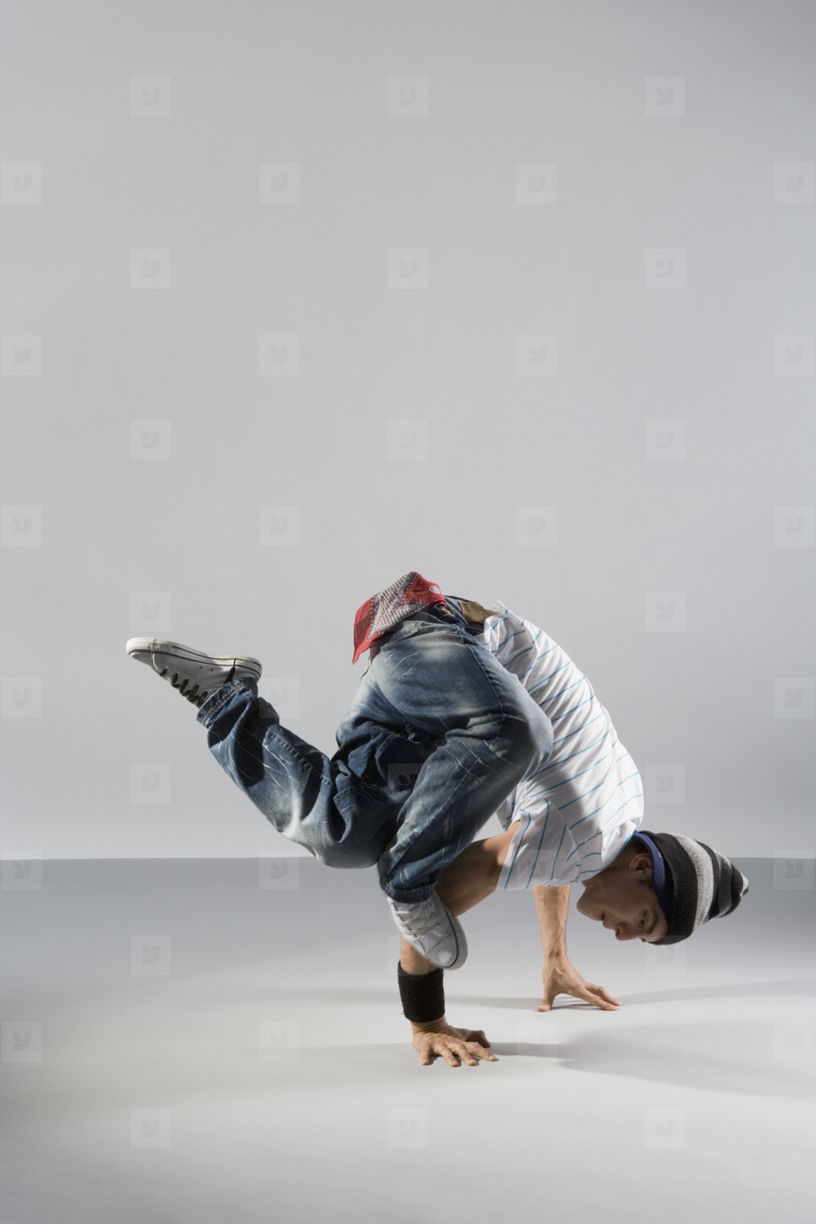 Breakdancing Boyz  01