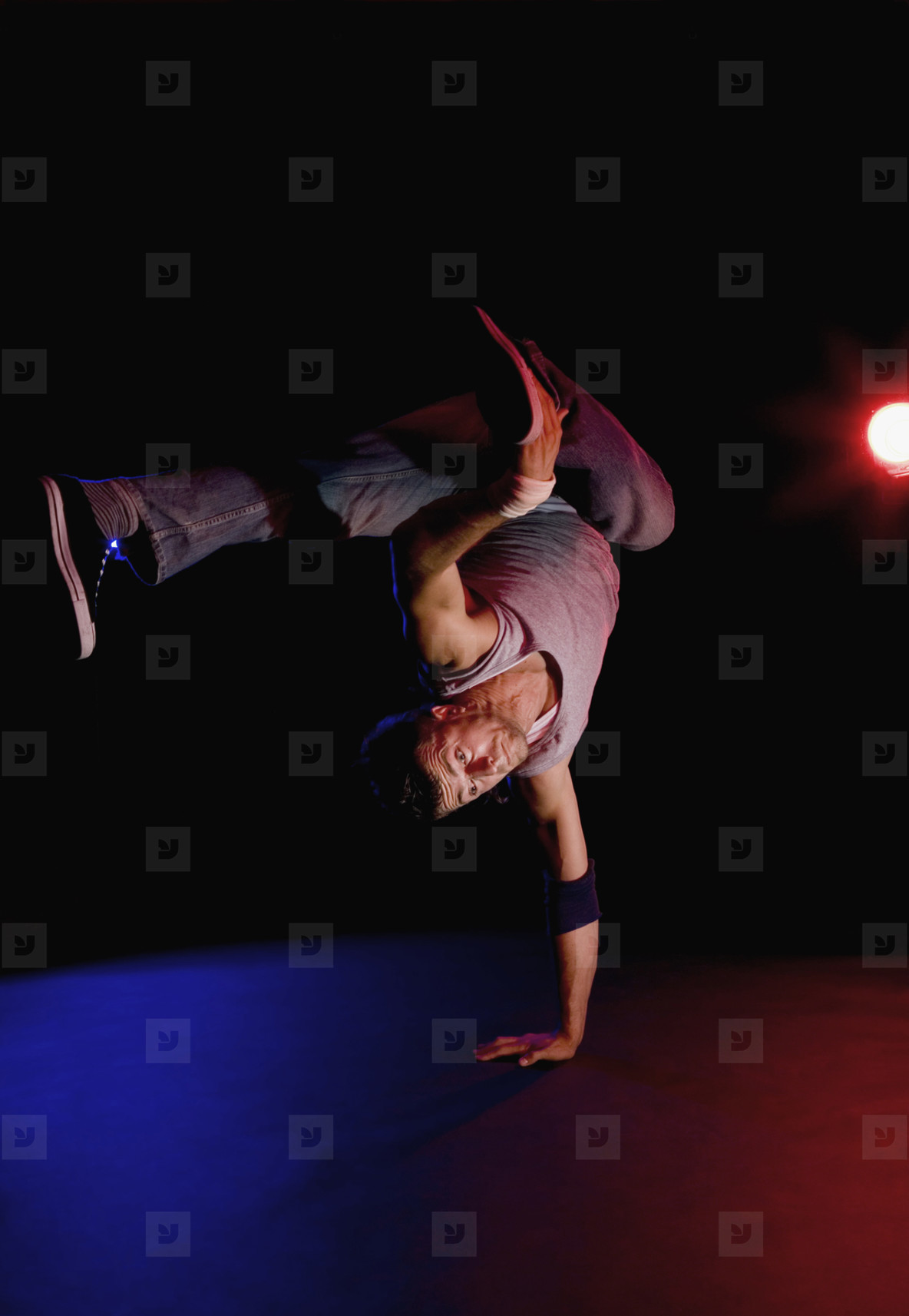 Breakdancing Boyz  07