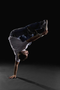 Breakdancing Boyz 12