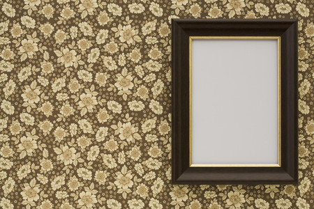 Wallpapered 03