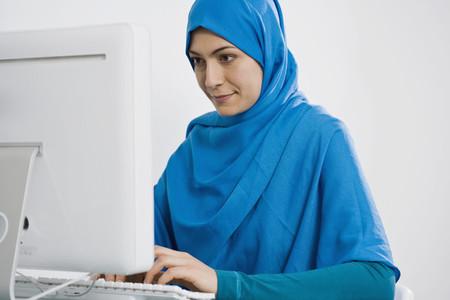 Muslim Women 01