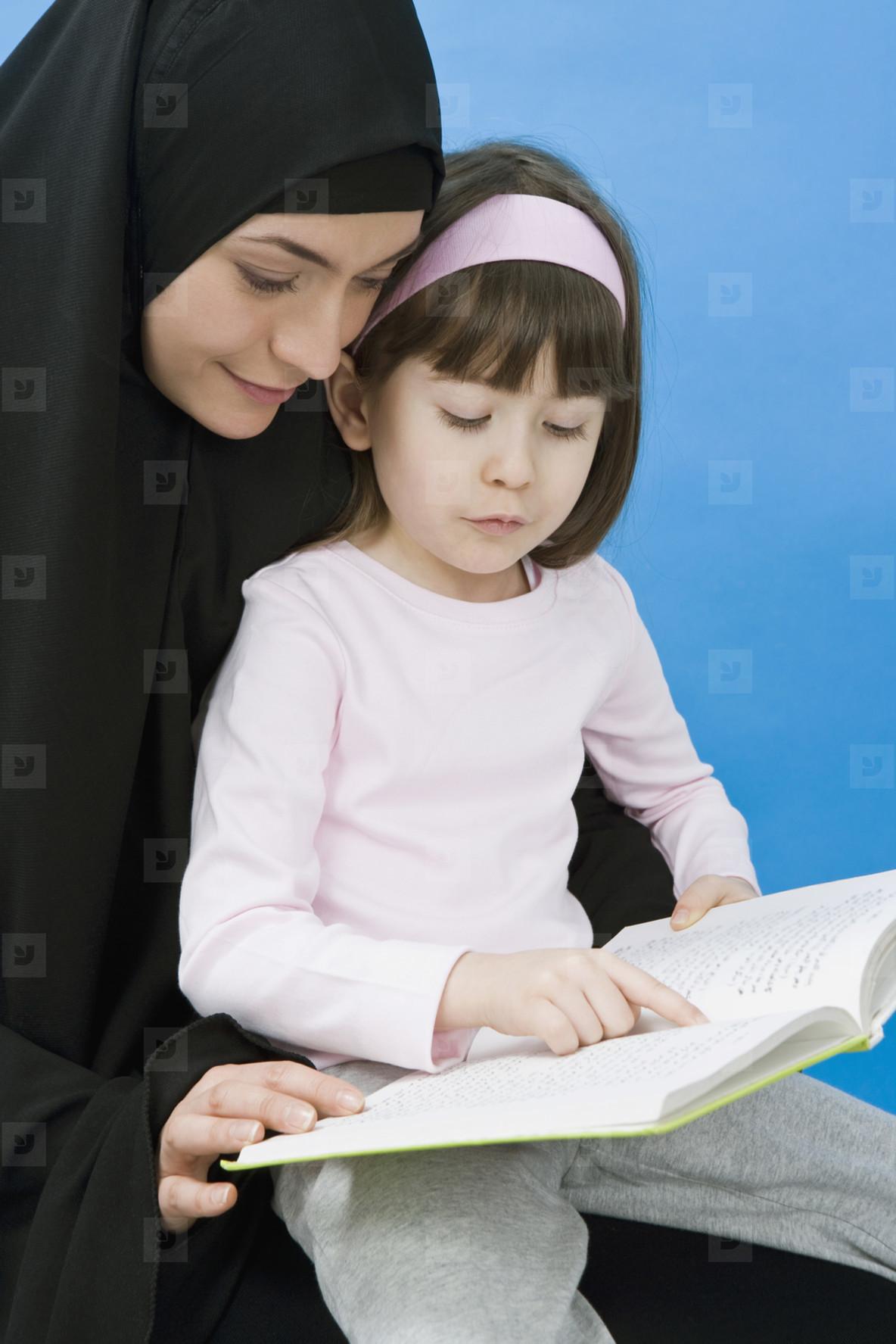 Muslim Women  06
