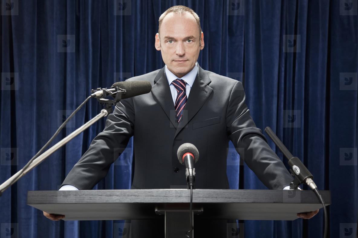 Public Speaking   Politics  19