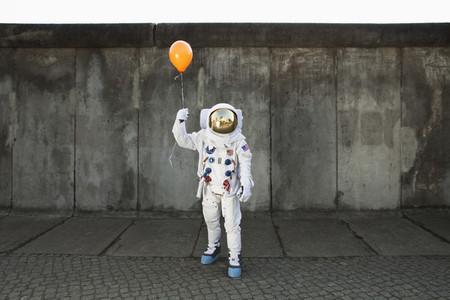 Moon Men 18