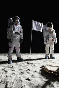 Moon Men  28