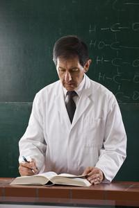 Chemistry Class  43