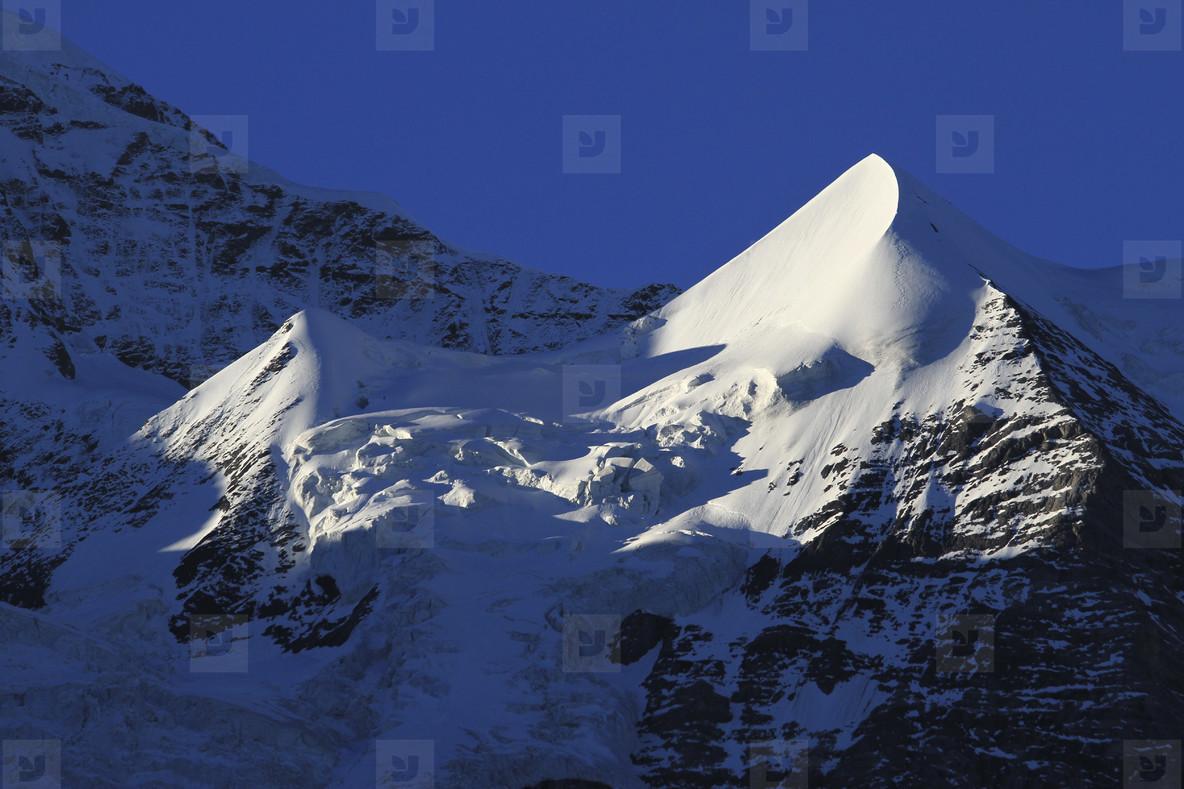 Move Mountains  10