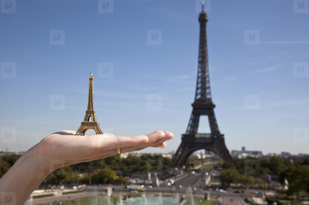 Paris in the Summer  27