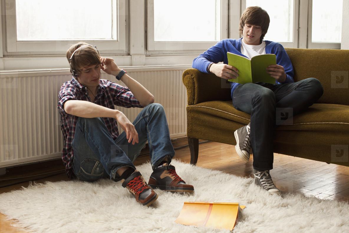 Teen World  09