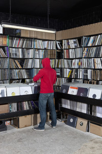 Record Store Review 05