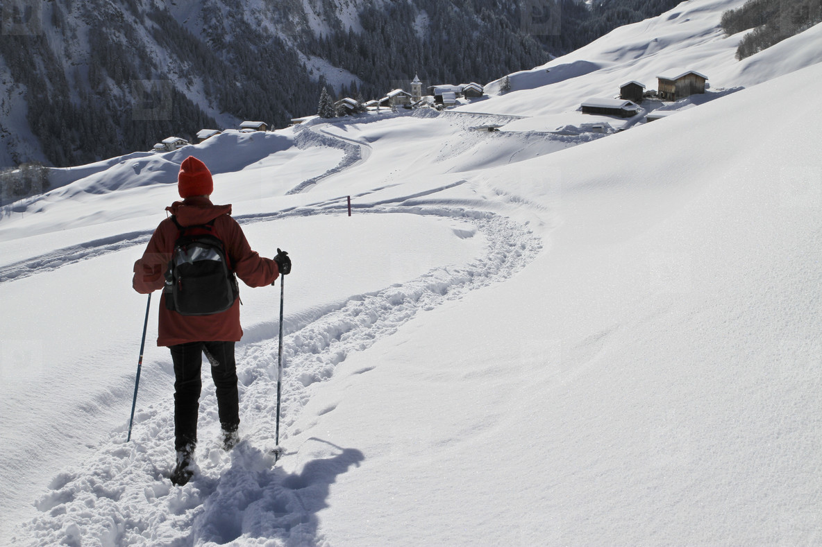 Snowy Mountain Trails  27