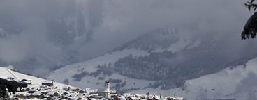 Snowy Mountain Trails  36
