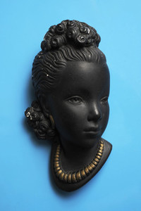 Vintage Busts 01