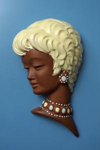 Vintage Busts 04