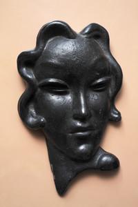 Vintage Busts 05
