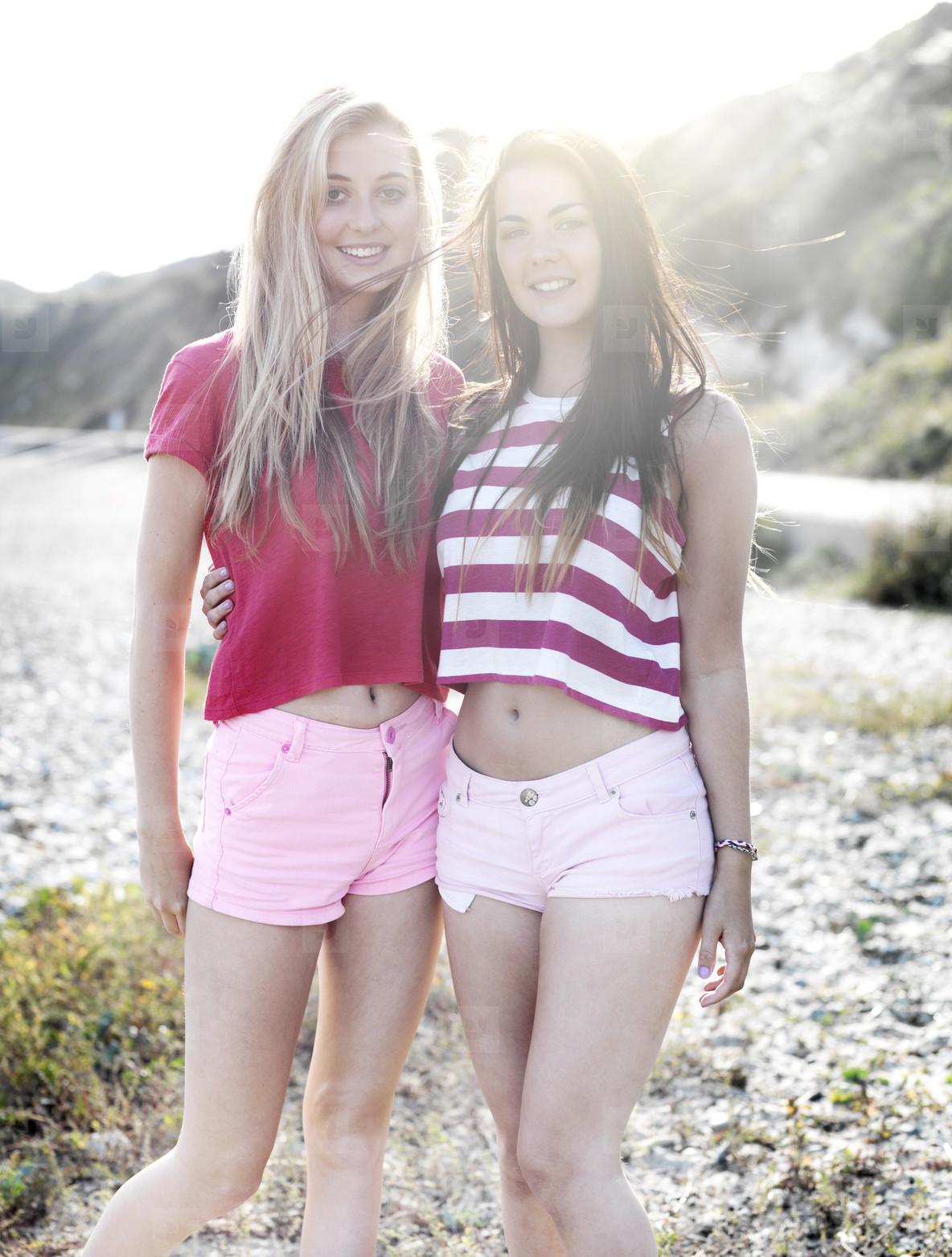Beach Girls  14