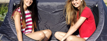 Beach Girls  15