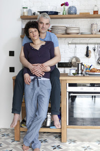 Kitchen Couple 07