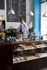 Neighborhood Cafe 25