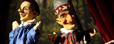 Puppet Show  04