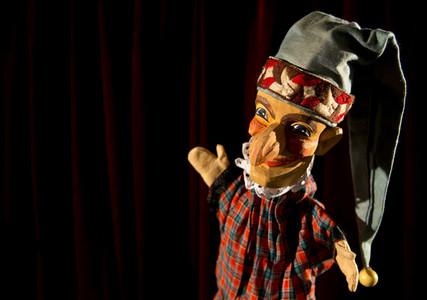 Puppet Show 15