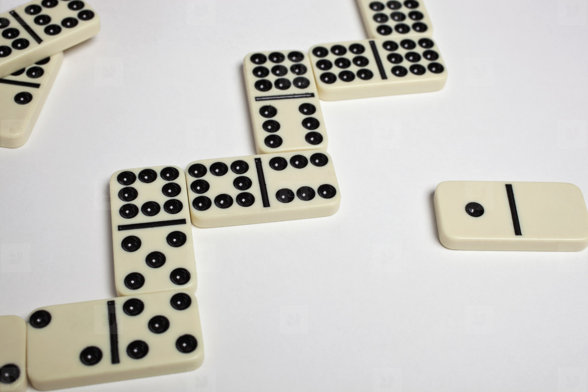 Rustic Dominoes  38