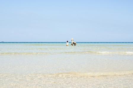 Beach Daze 08
