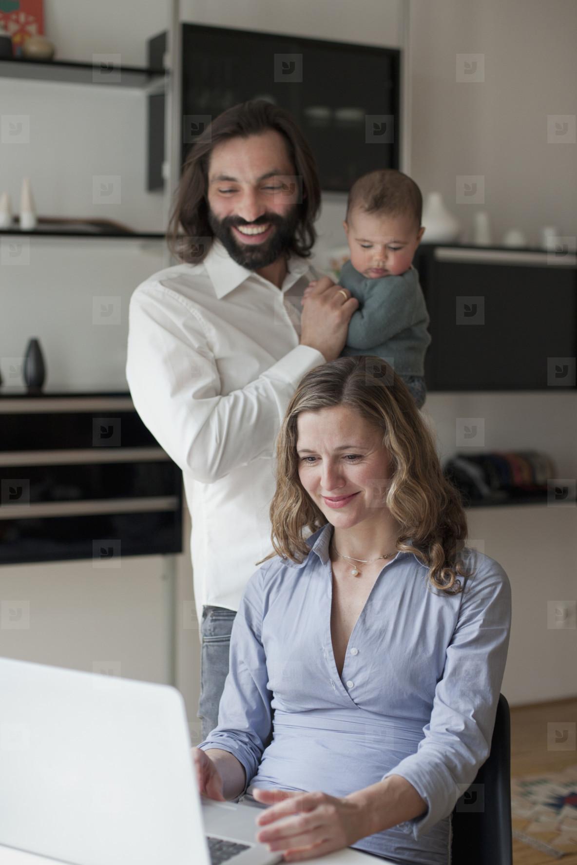 Modern Family Interior  02