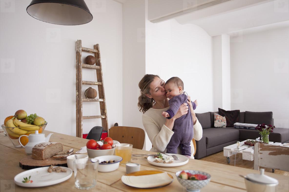 Modern Family Interior  22