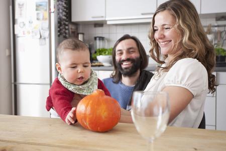 Modern Family Interior 25