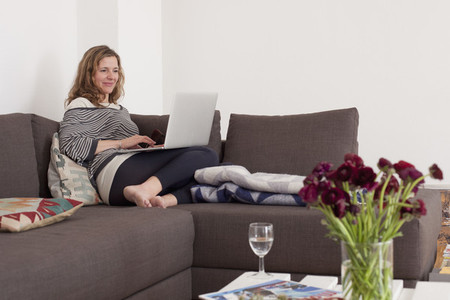 Modern Family Interior 36