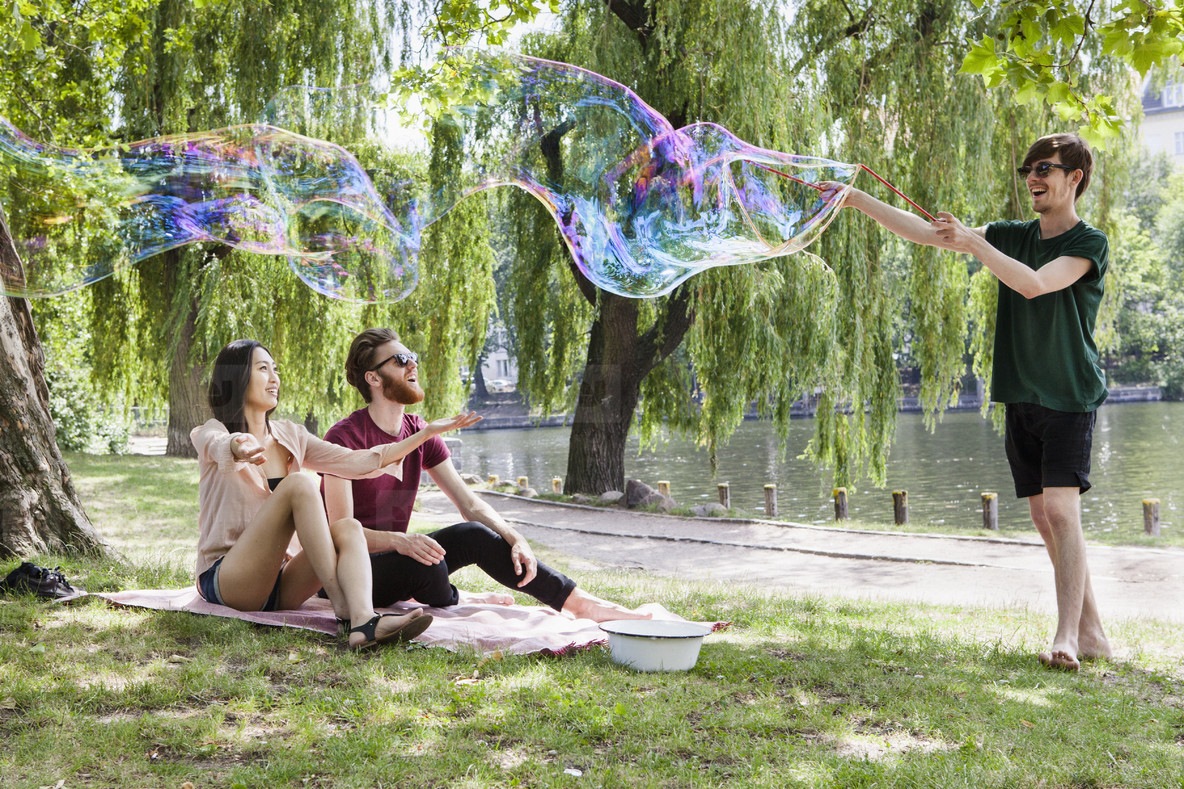Bubbles in the Park  05