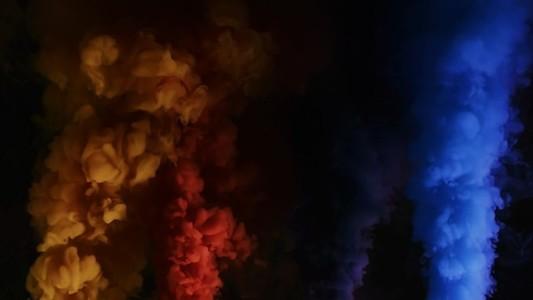 Four color smoke