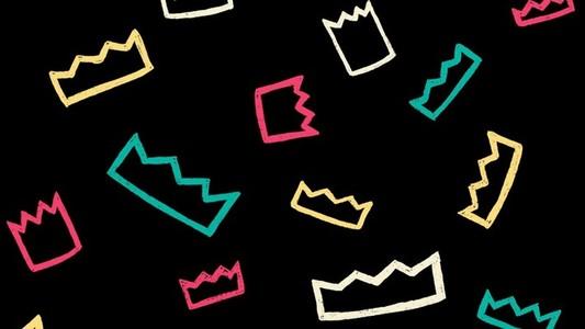 Crown scroll